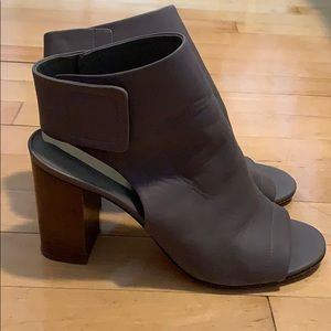 Vince leather peep toe booties in grey